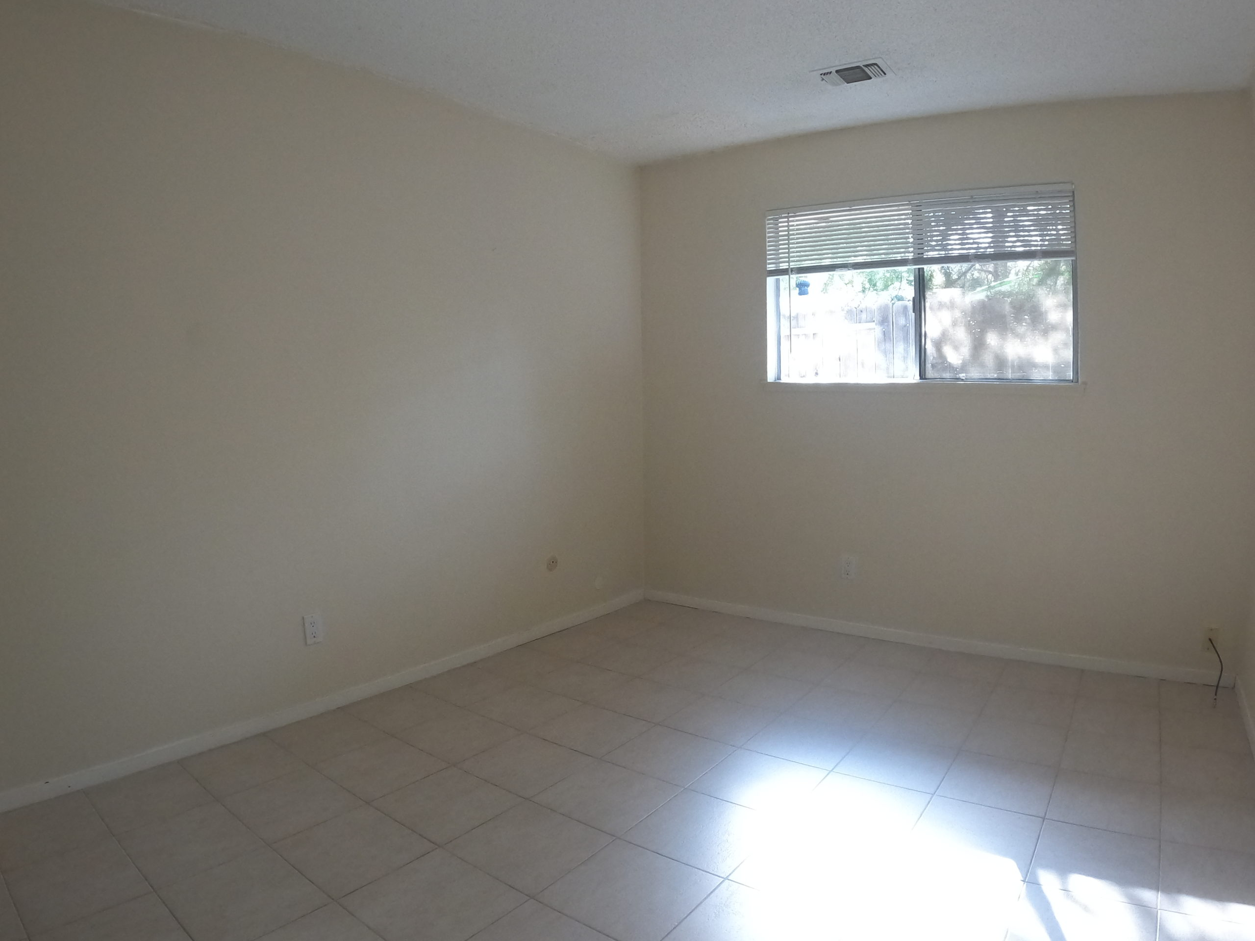 3316 Laguna Ave